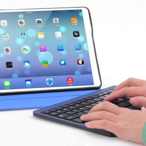 iPad Air, Bluetooth Leather Case + Detachable Keyboard