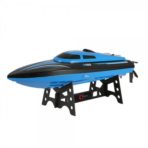 Racing RC Boat